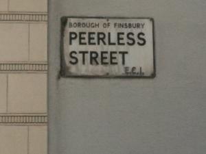 Peer Less street